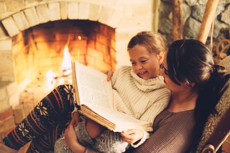 Mit Kind im Ferienhaus mit Kamin
